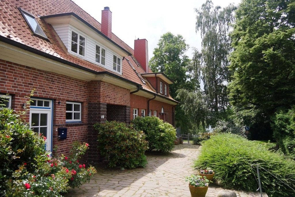 Altes Schulhaus Neue Schule Grabauer See